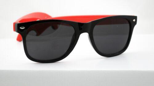 Solbriller m jekk